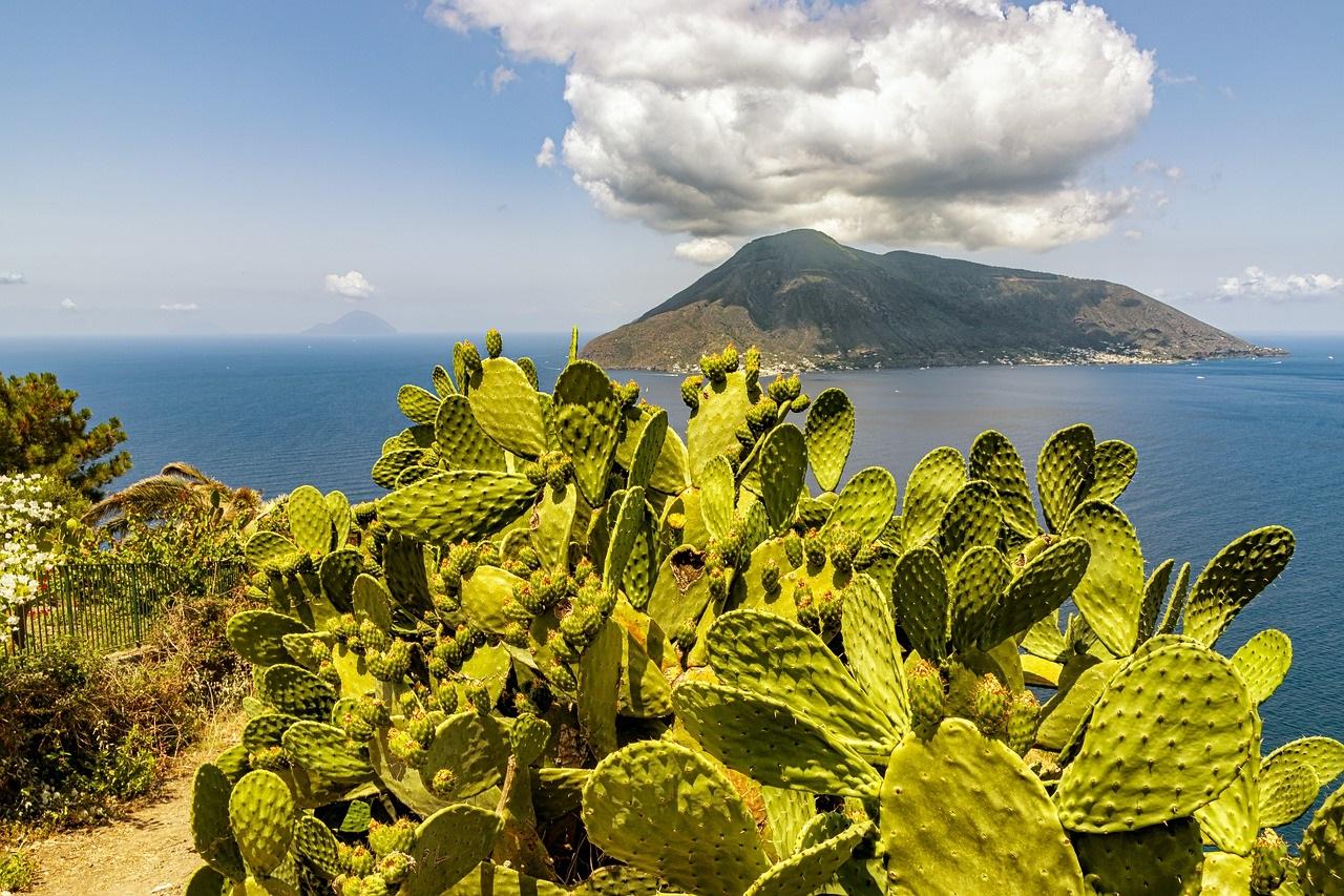 Isole Eolie 2021 - da Catania