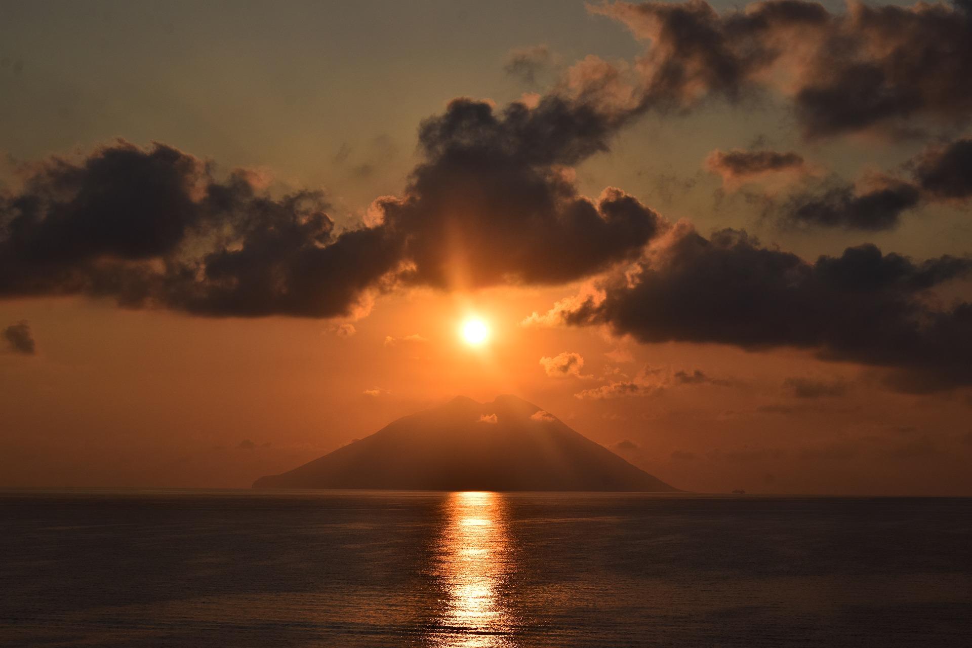 Tour della Sicilia e Isole Eolie