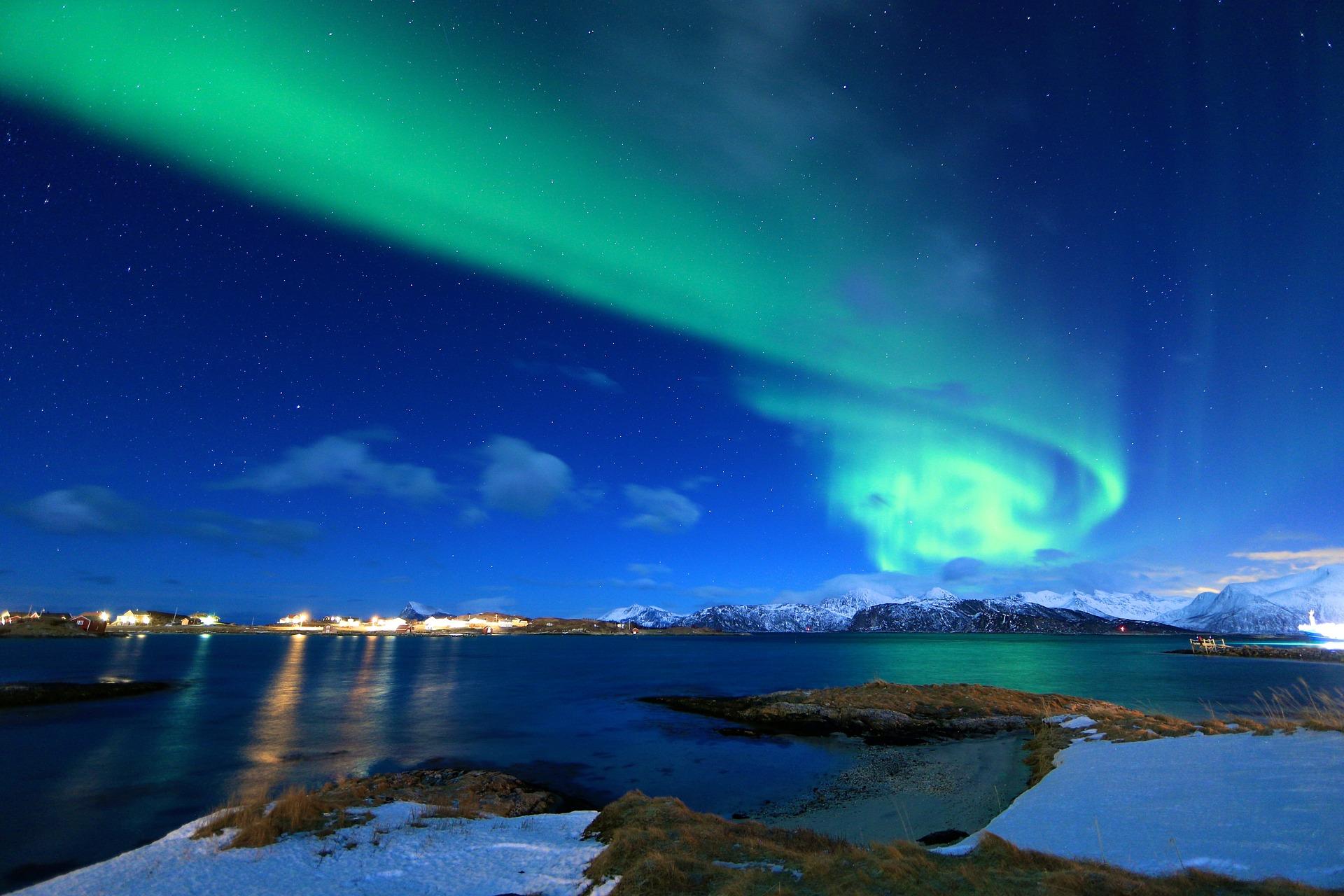 Inverno Tra i Fiordi Norvegesi
